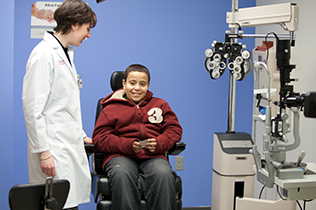 Ophthalmology_Peds_2011_03_052_316x210